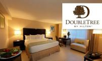 50% OFF for a night for 2 people at the Hotel DoubleTree by Hilton.